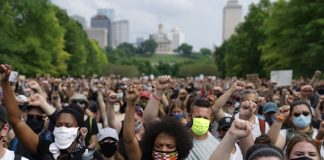 The Black Lives Matter march starting the Bicentennial Mall in Nashville. (Photo: Alex Kent)