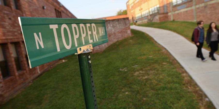 A walkway at Hillwood High School in Nashville Schools District 9. (Photo: Metro Nashville Public Schools)