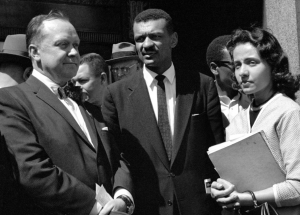 Nashville Mayor Ben West, Rev. C.T. Vivian and Diane Nash in front of the Historic Metro Nashville Courthouse in 1960. (Photo: Nashville Public Library, Special Collections)