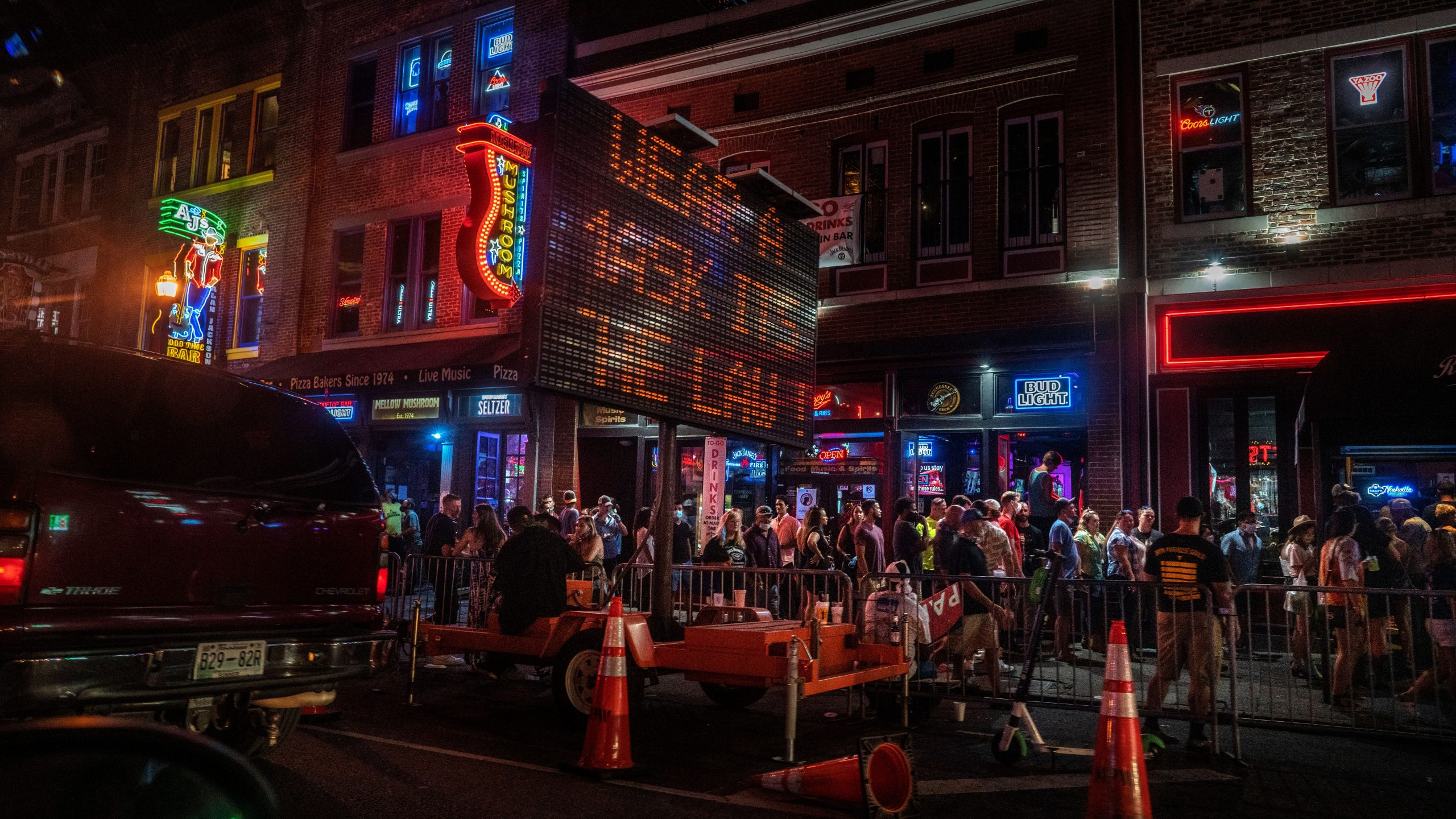Nashville restaurants and bars account for few confirmed COVID-19 cases