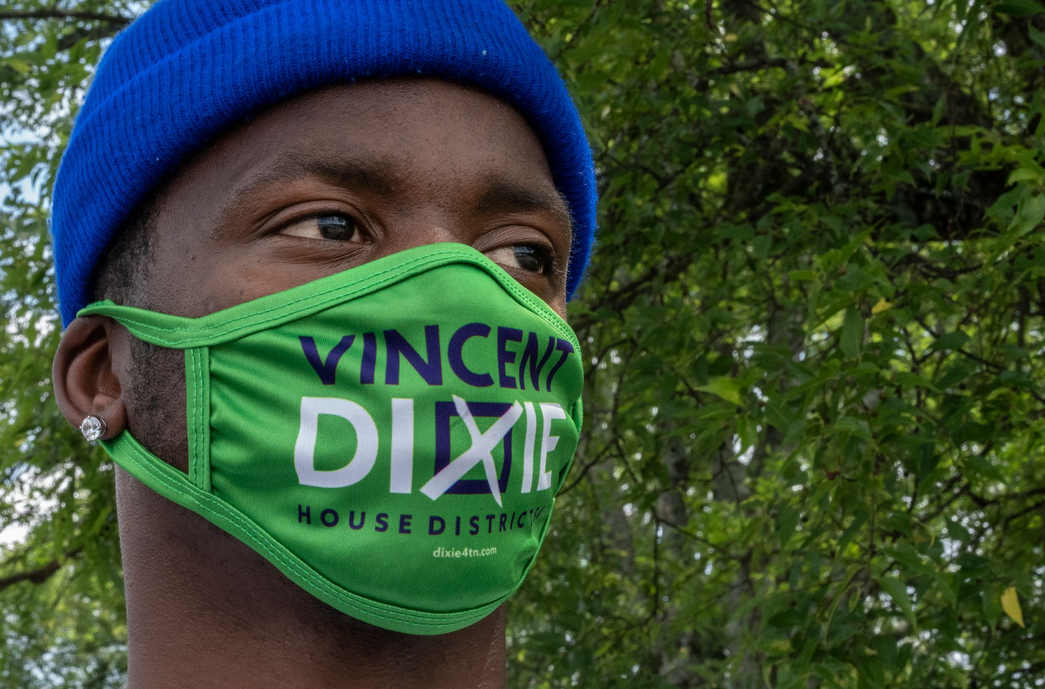 A supporter of Rep. Vincent Dixie, D-Nashville, sports the latest in campaign gear. (Photo: John Partipilo)