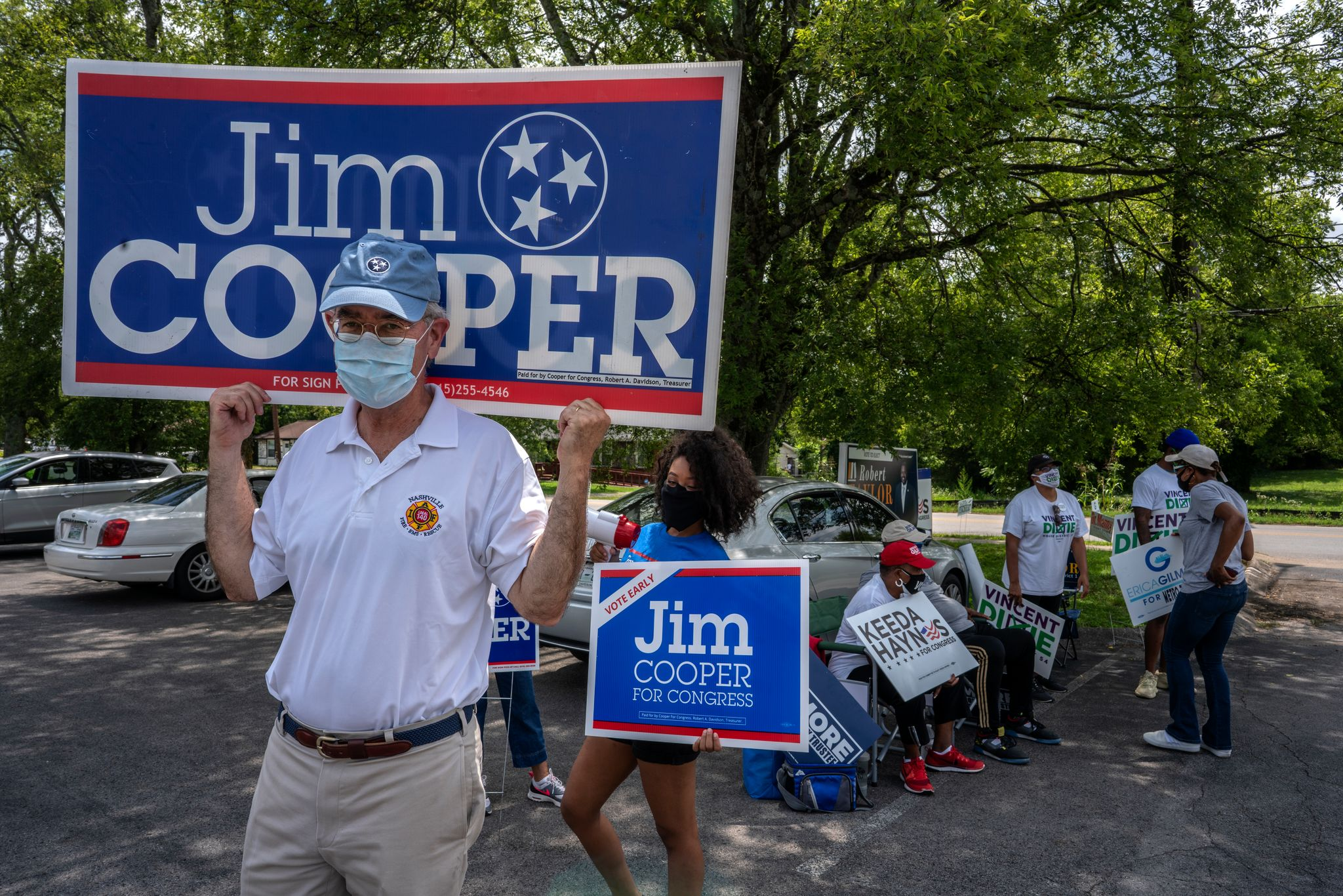U.S. Rep. Jim Cooper campaigning at Cathedral of Praise in North Nashville. (Photo: John Partipilo)