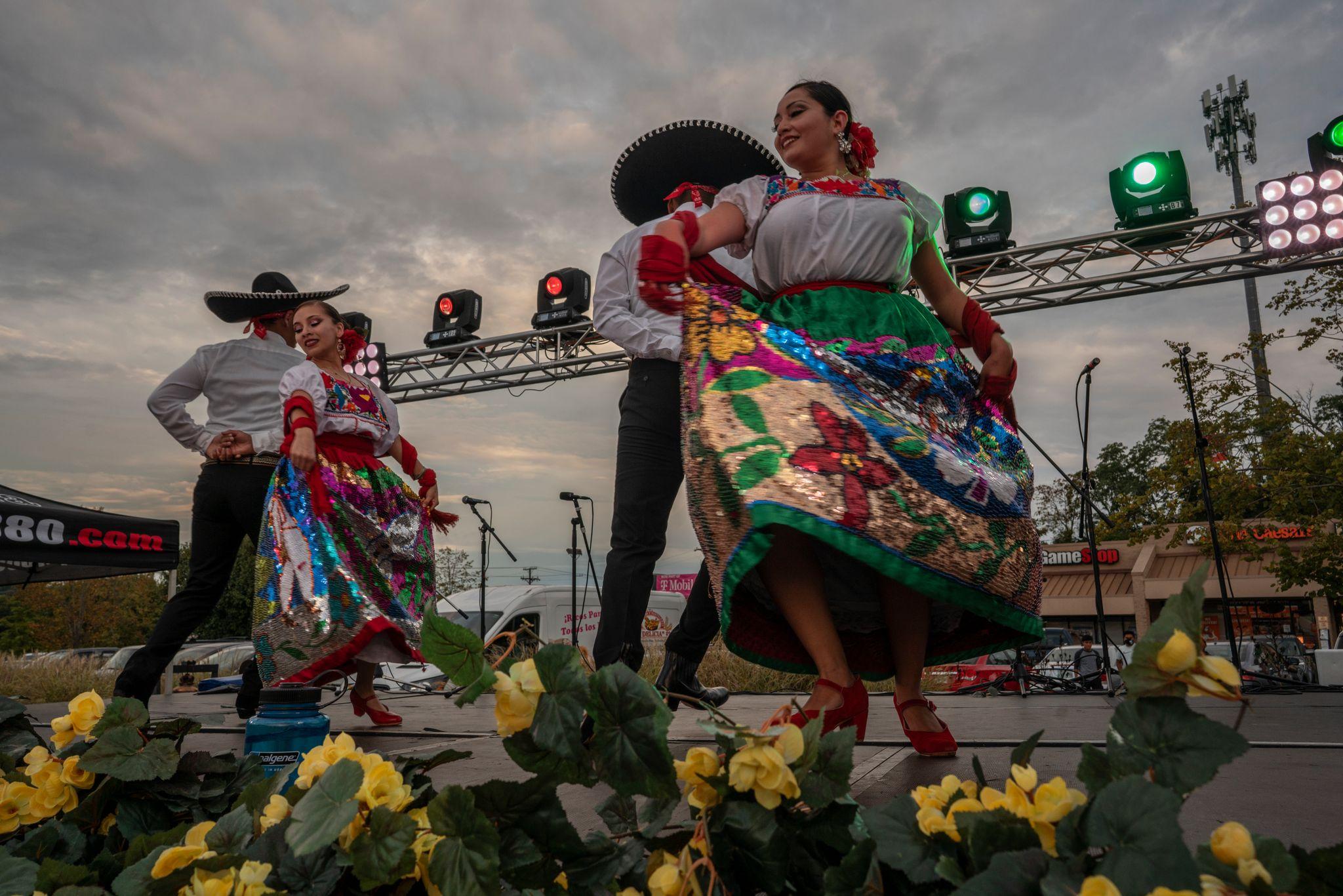Ballet Folklorico Sol de Mexico dancers Ruby Rodriguez, Maricruz Vilchis, Jose Luis Escoto and Alan Solis perform traditional dancing during Mexican Independence Day at Plaza Mariachi. (Photo: John Partipilo)