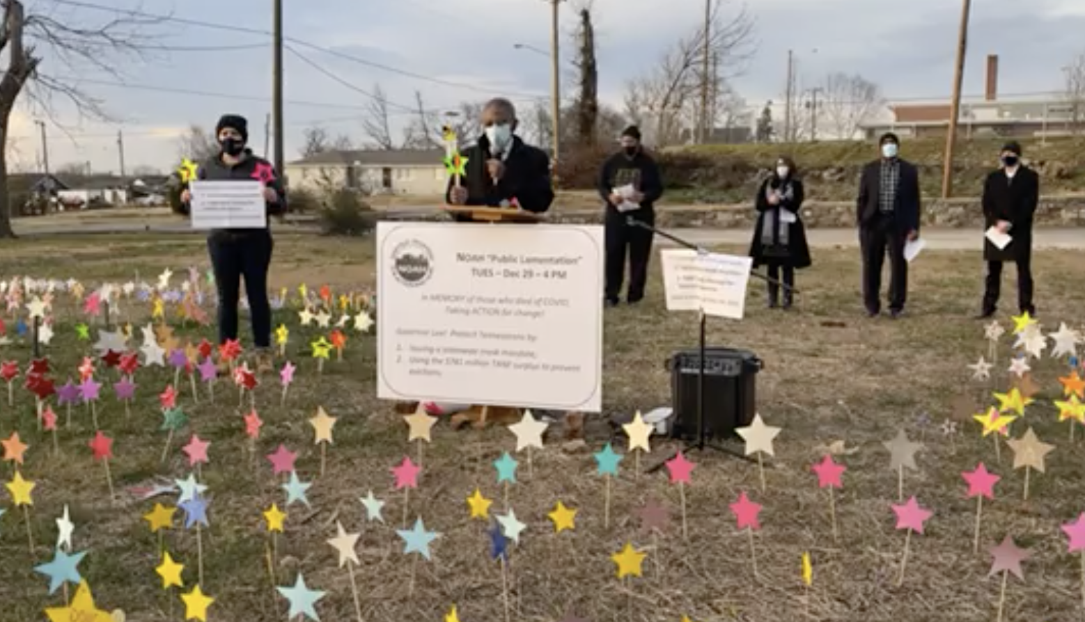 Rev. Edward Thompson, Chair of Nashville Organized for Action and Hope, leads a 'public lamentation' for Tennessee's COVID-19 victims. (Photo: NOAH)