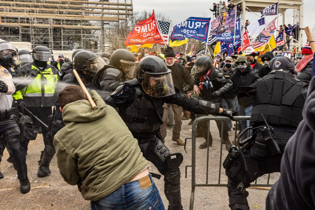 Photographer Alex Kent was is in the middle of Wednesday's melee as Trump extremists stormed the U.S. Capitol. (Photo: Alex Kent)