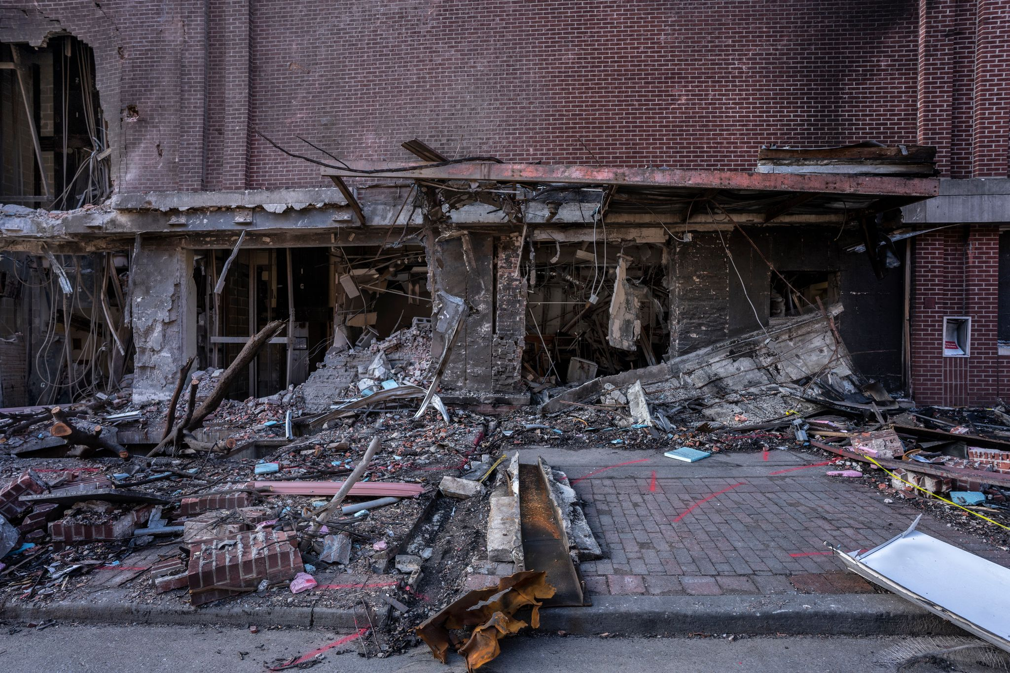The facade of the AT&T building damaged by a Christmas Day bomb, photographed Jan. 5, 2021. (Photo: John Partipilo)