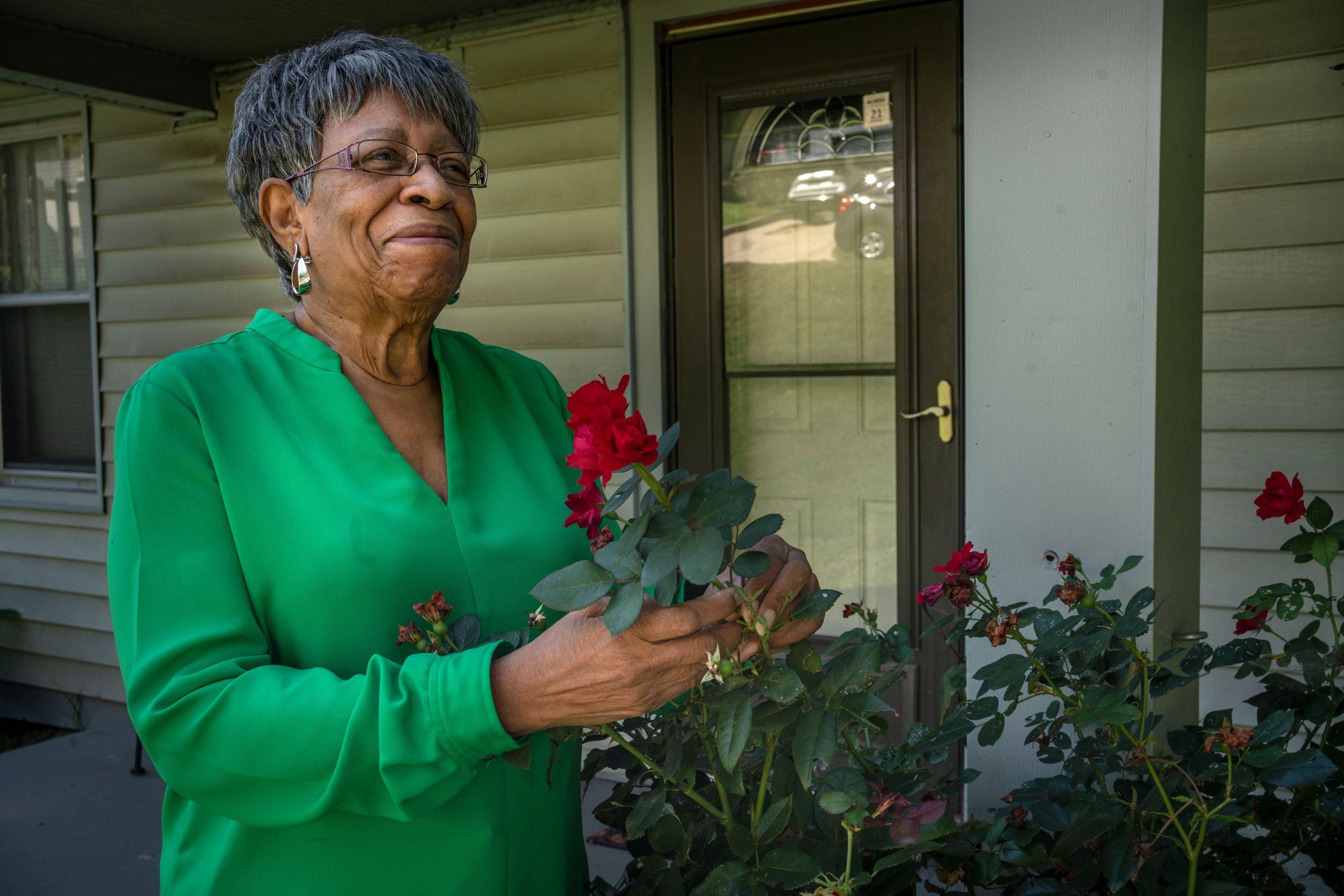 Mary Jean Smith outside her North Nashville home. (Photo: John Partipilo)