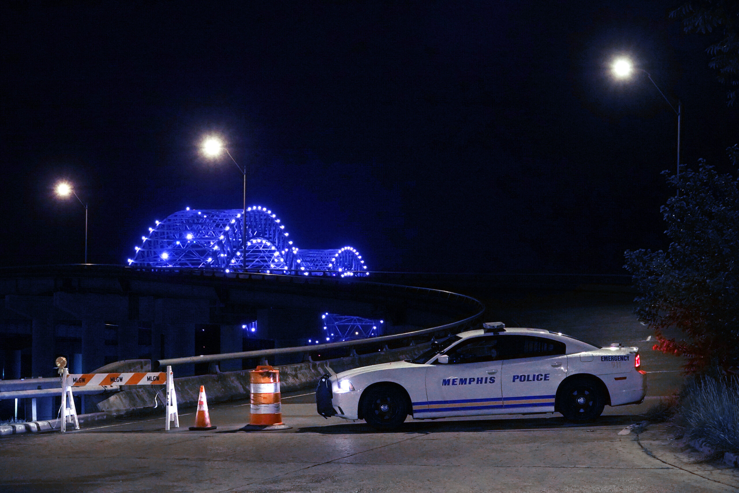 Memphis bridge reopening unclear as governor criticizes federal funding plans